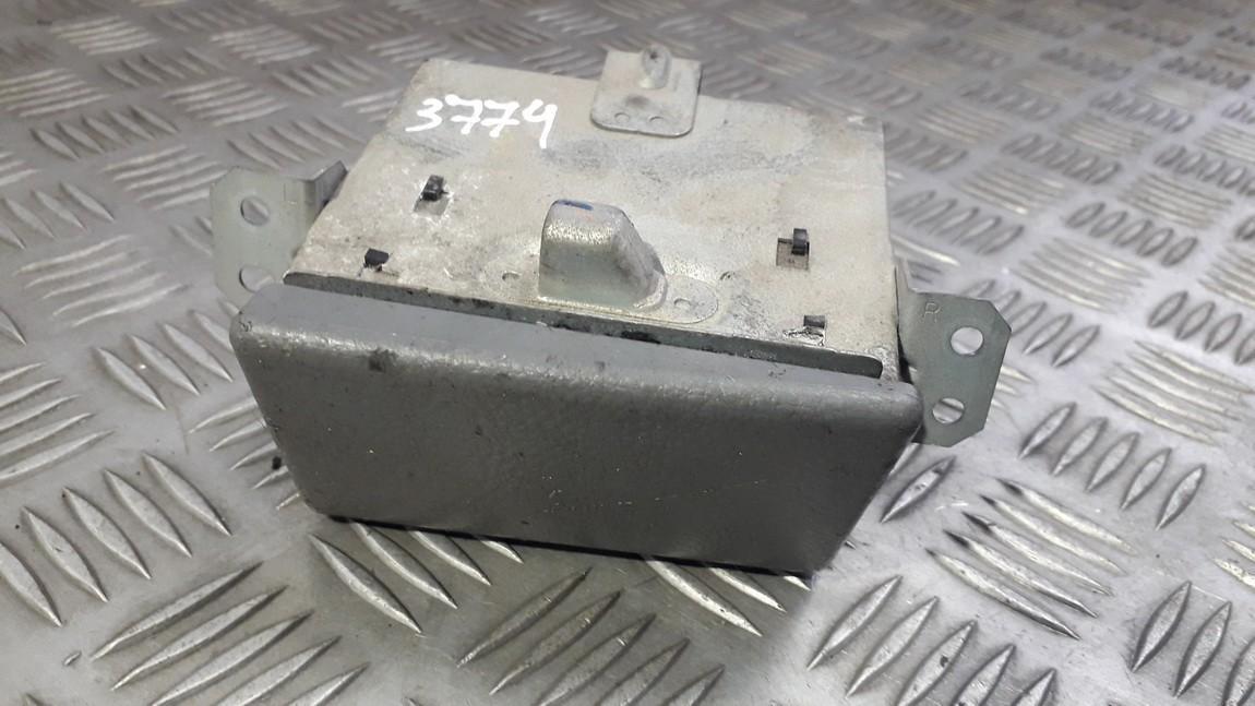 Пепельница передняя 3741113050 374111-3050 Toyota AVENSIS VERSO 2002 2.0