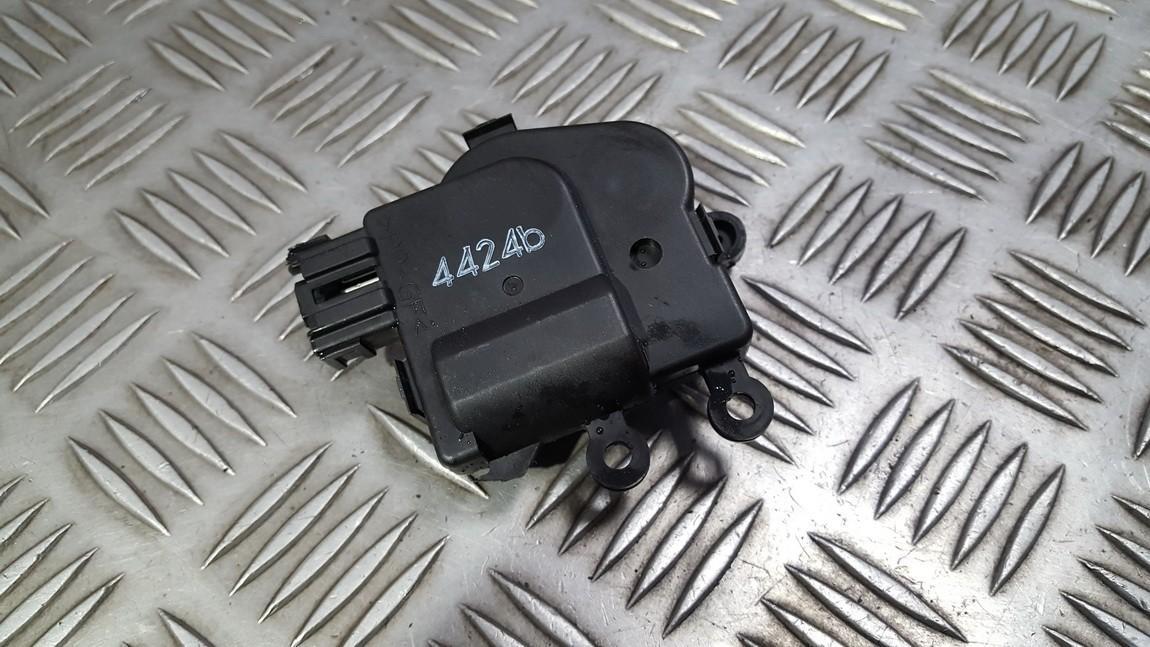 Peciuko sklendes varikliukas USED USED Mazda 6 2004 2.0