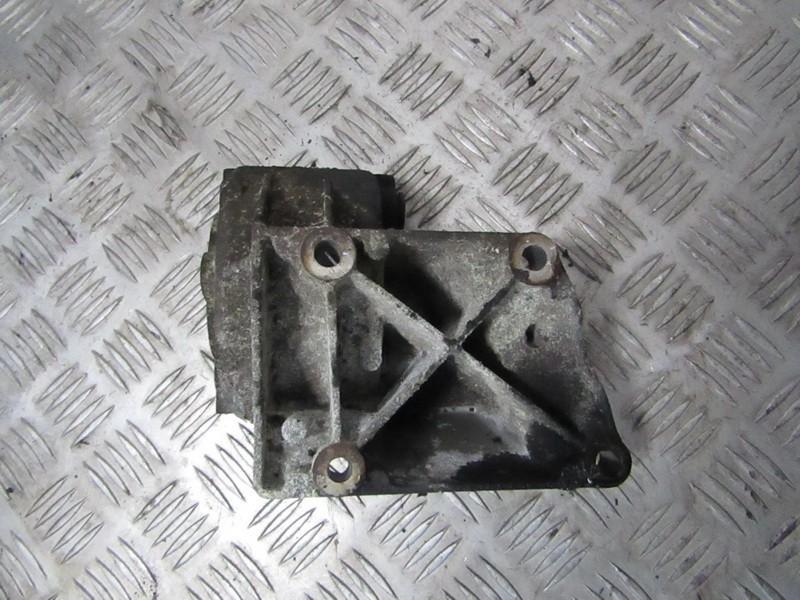 Variklio kronsteinas ir Greiciu dezes kronsteinas 860860 used Renault LAGUNA 1998 2.0
