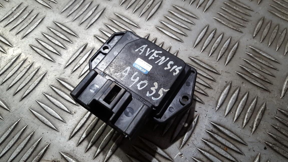 Toyota  Avensis Peciuko reostatas (ezys) (ventiliatoriaus rele)
