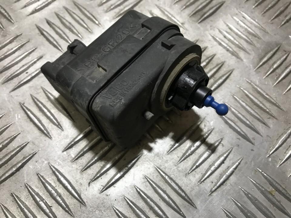 Моторчик корректора фары 7700415343 used Renault ESPACE 1990 2.1