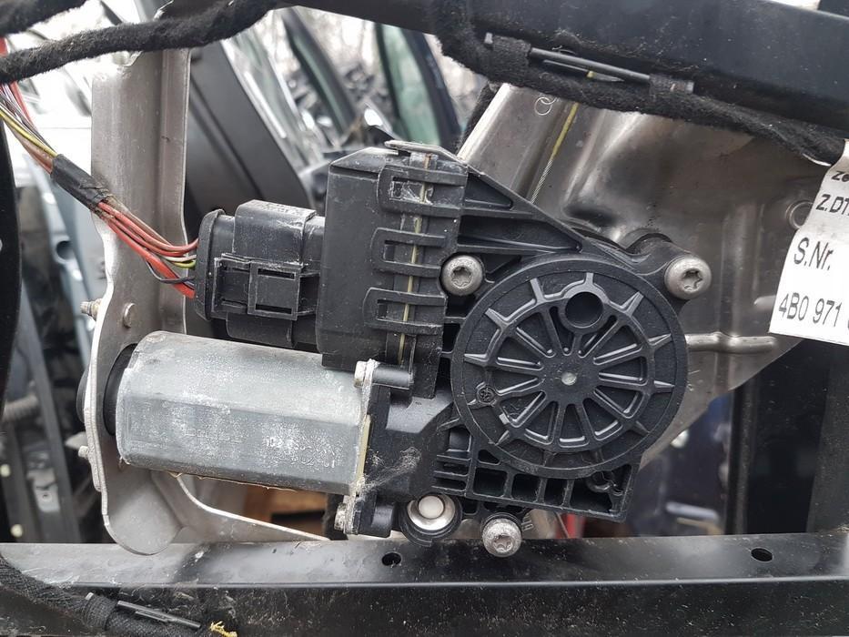 Duru lango pakelejo varikliukas G.K. 0130821784 used Audi A6 1998 2.5