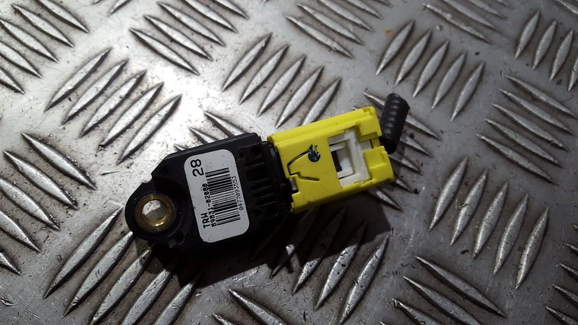 Srs Airbag crash sensor 8983102080 89831-02080 Toyota AURIS 2008 2.0