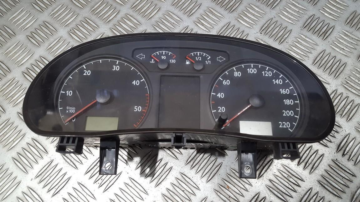Spidometras - prietaisu skydelis 6q0920800m 110080124015a, 88311330 Volkswagen POLO 1993 1.0