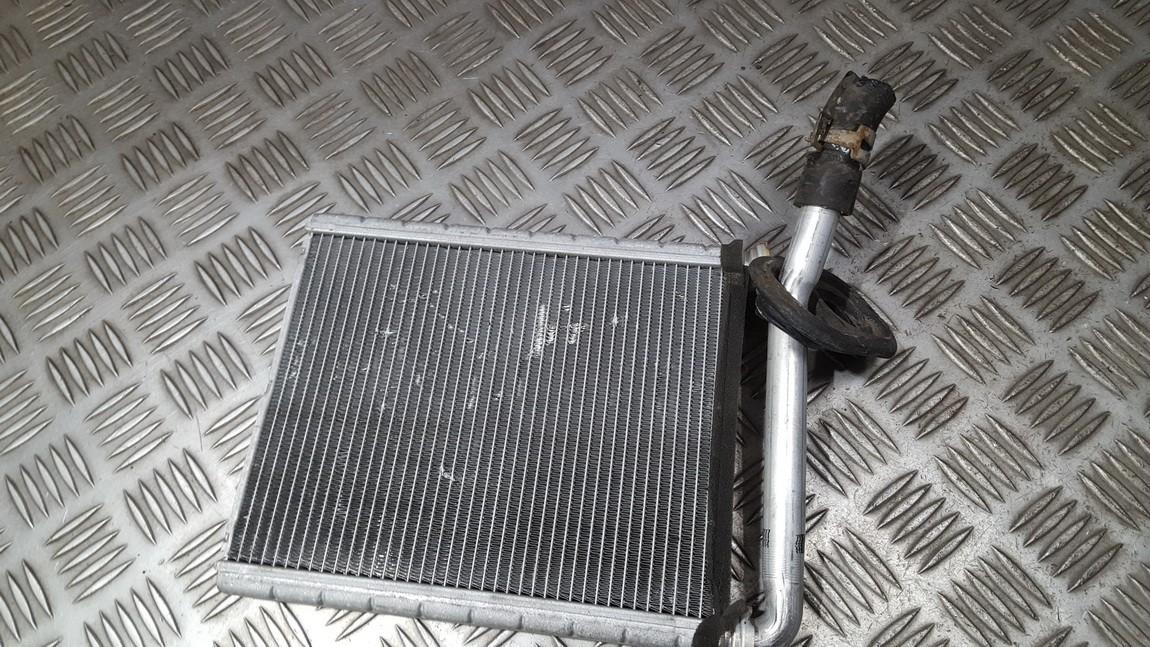Salono peciuko radiatorius USED USED Toyota RAV-4 2002 2.0