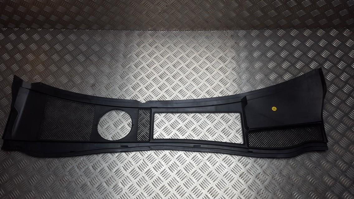 Audi  A6 Wiper Muolding