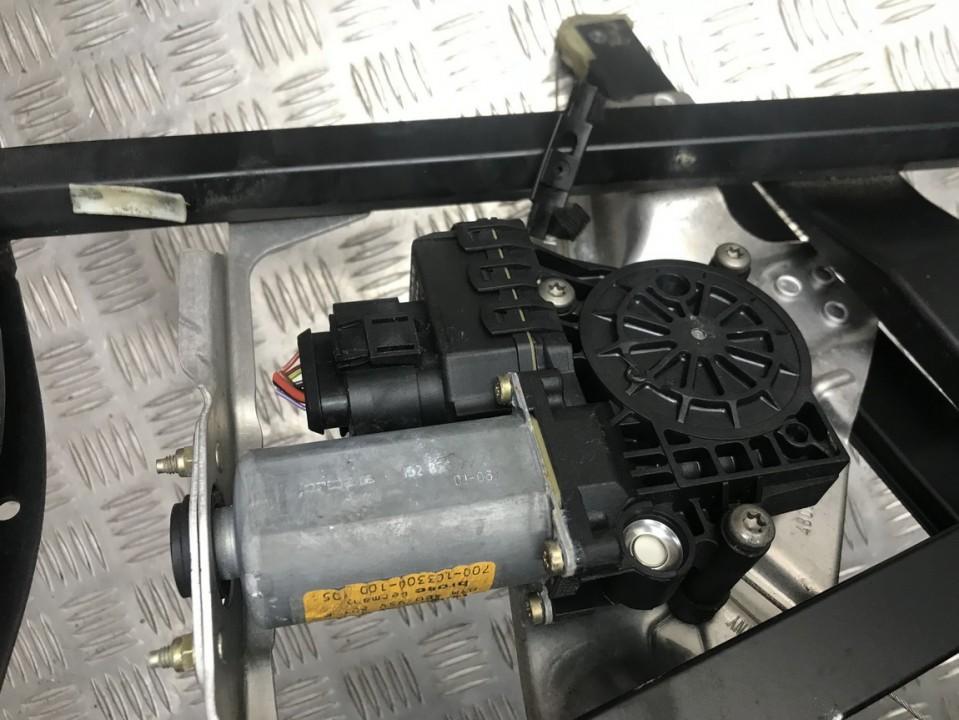 Duru lango pakelejo varikliukas G.K. 4b0959801b 700-103300-100 Audi A6 1998 2.5