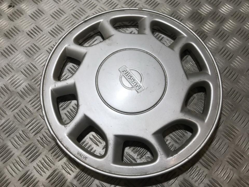 Nissan  Maxima Hub Cap (Cover) 15