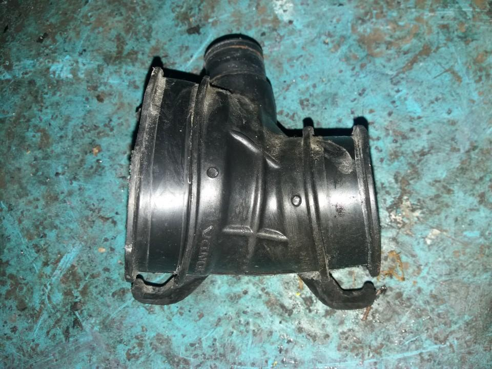 Патрубок воздушного фильтра (Шланг воздухоочистителя) USED   Honda CIVIC 1996 1.4