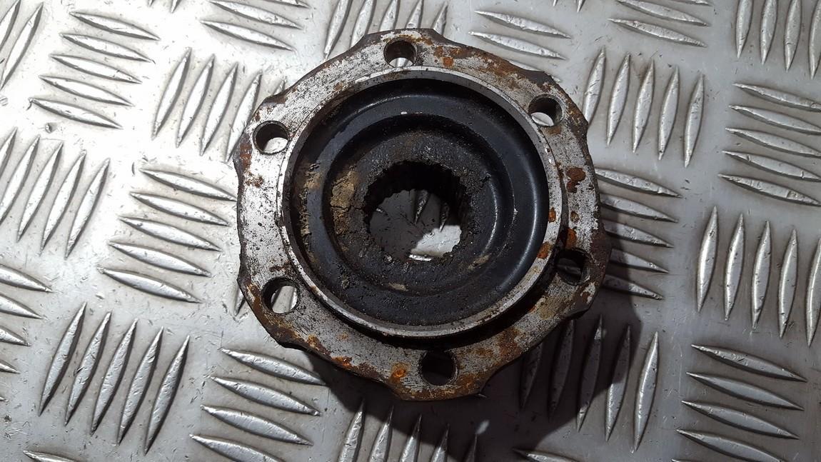 locking hub Nissan Navara 2003    2.5 used