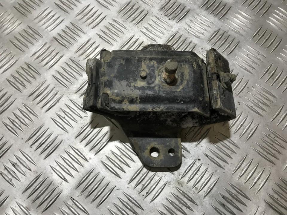 Engine Mounting and Transmission Mount (Engine support) used used Nissan NAVARA 2005 2.5