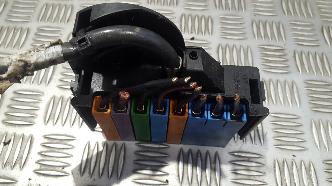 used used fuse box opel astra 2001 1 6l 9eur eis00508026