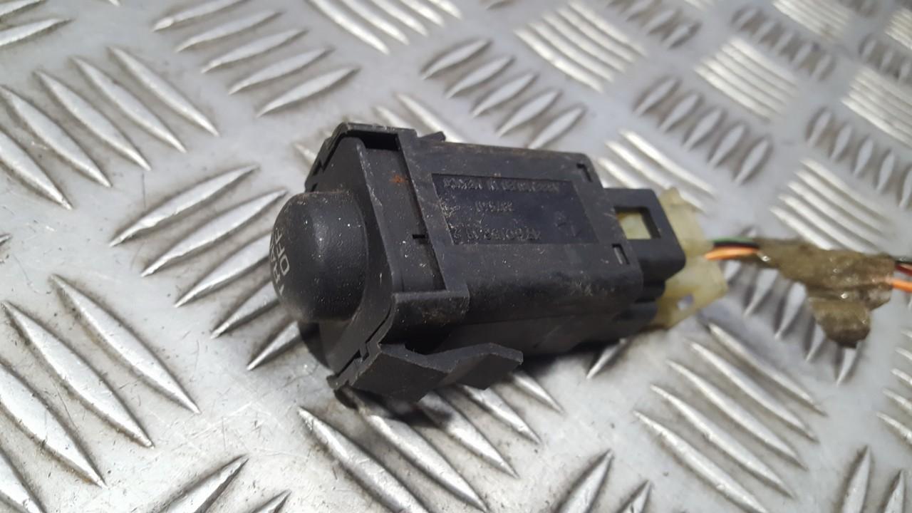 Kiti mygtukai 4760152AB 39754D Chrysler 300M 1999 2.7