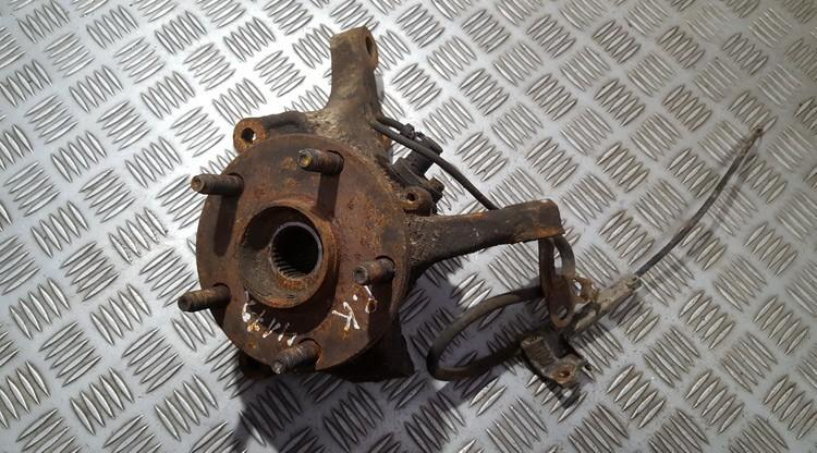 Steering knuckle - front left side used used Toyota AVENSIS VERSO 2002 2.0