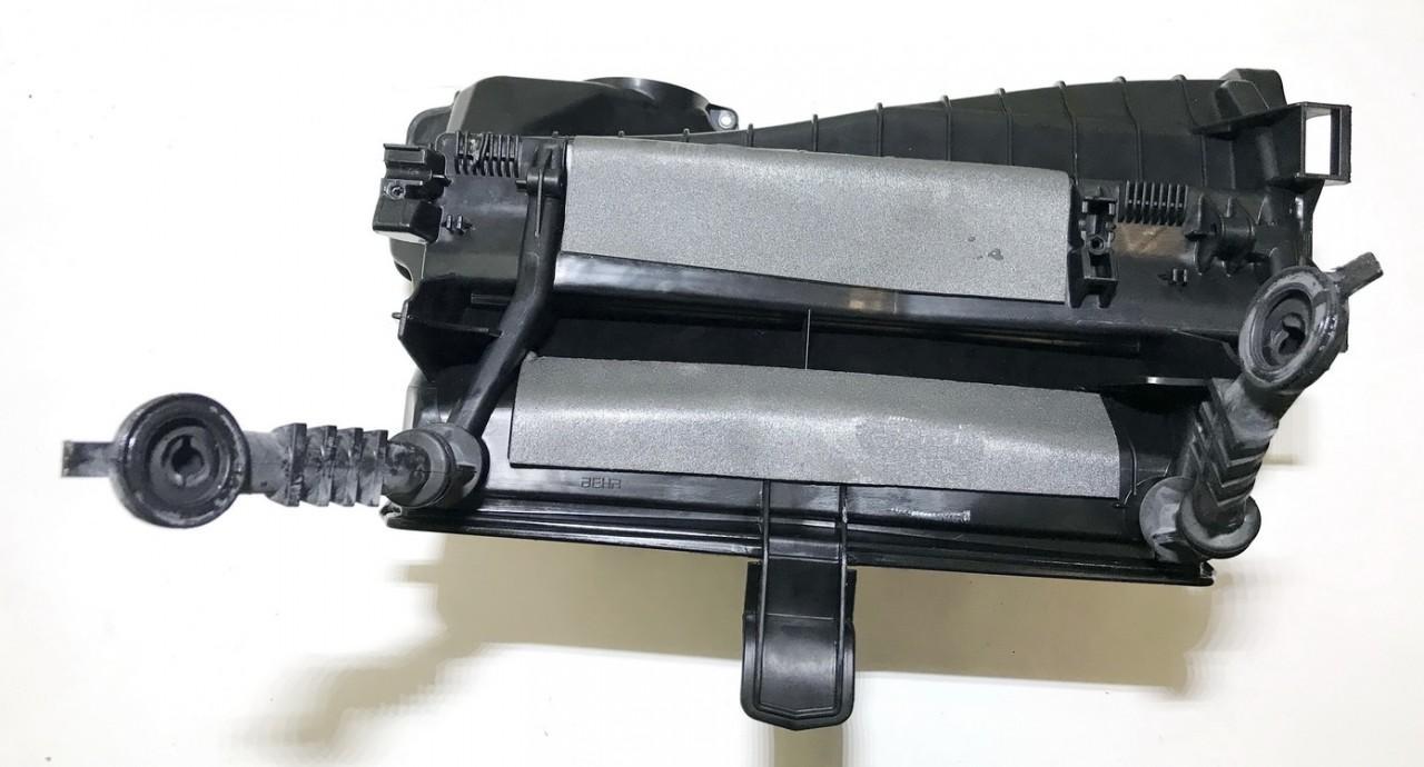 Peciuko korpusas Audi A5 2008    3.0 behr