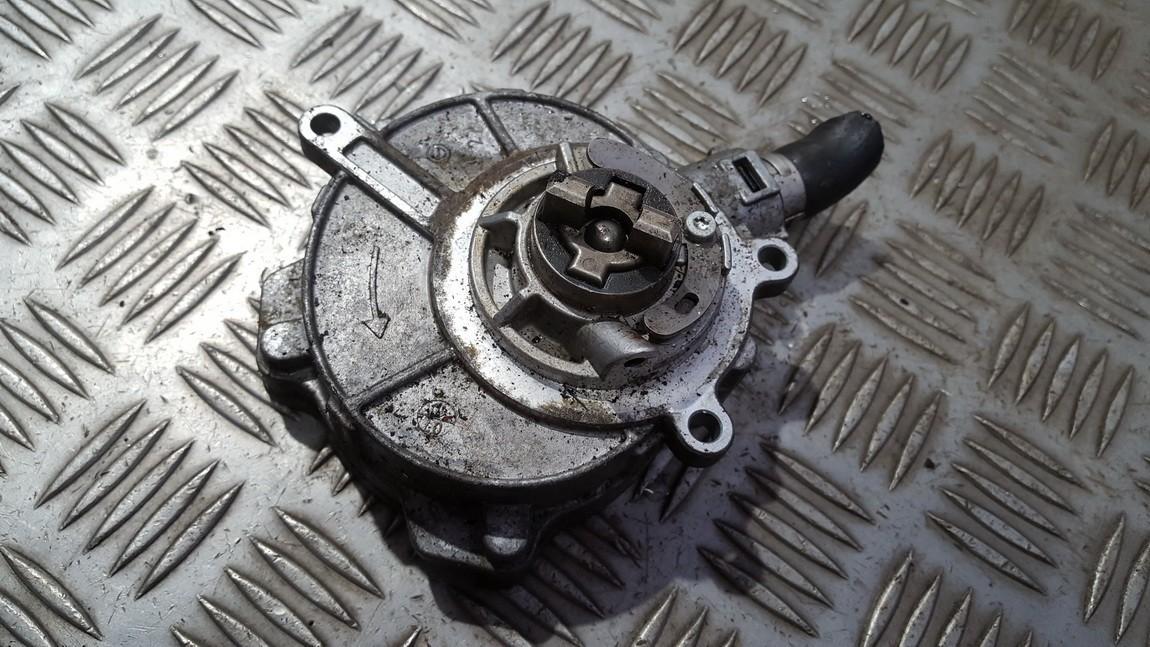 Насос вакуумный 06e145100m st732-m3-a Audi A5 2008 3.0