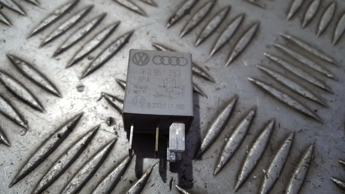 Rele 1k0951253 449 0332011100 Volkswagen GOLF 1992 1.9