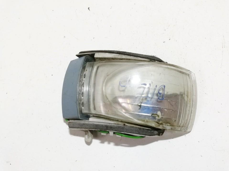 Posukis ant veidrodelio P.D. (priekinis desinys) Volkswagen Beetle 2002    0.0 1c0949102e