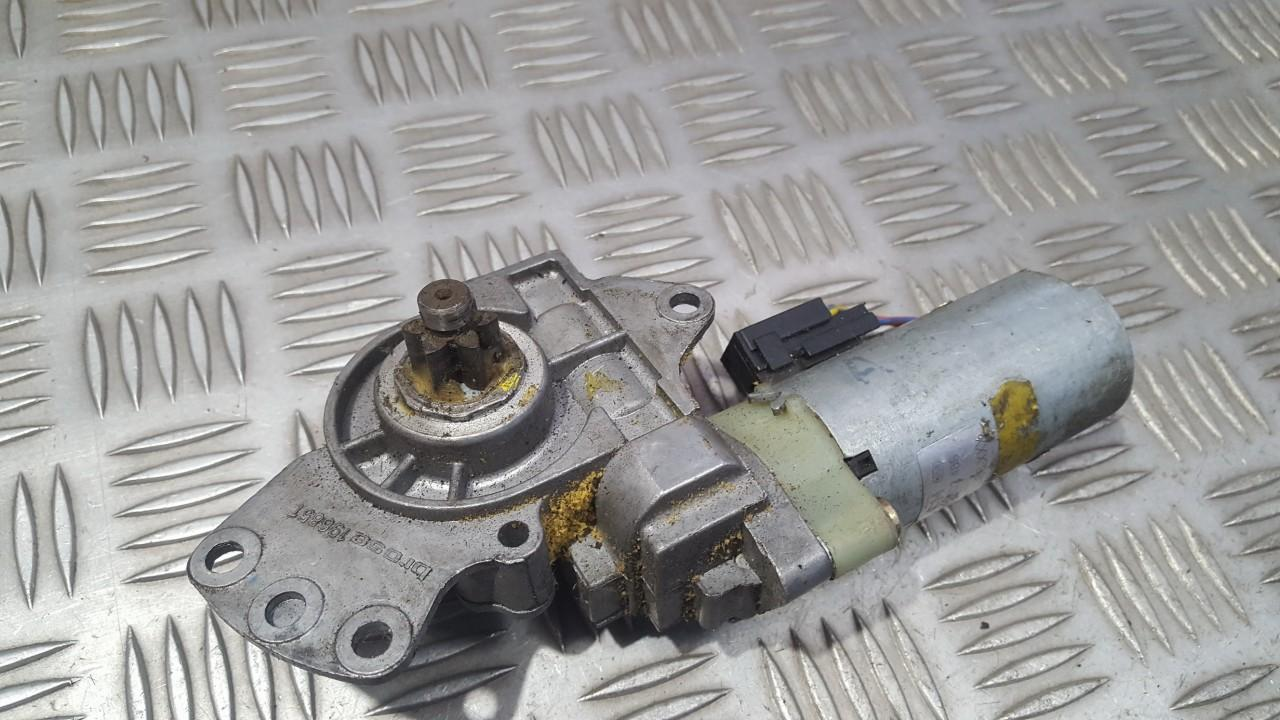 Sedynes varikliukas P.D. Audi A6 2000    0.0 0130002488