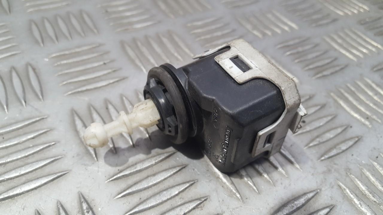 Zibinto aukscio reguliatorius (korektorius) 007878 USED Opel VECTRA 2004 1.9