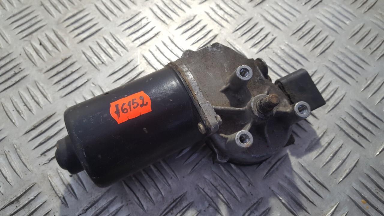 Моторчик стеклоочистителя передний 8d2955113c 404.586 Audi A6 1994 1.9