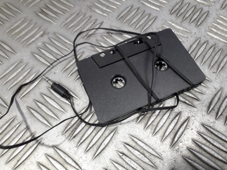 MP3, CD, MD cassette adaptor Nissan Almera 1998    0.0 used