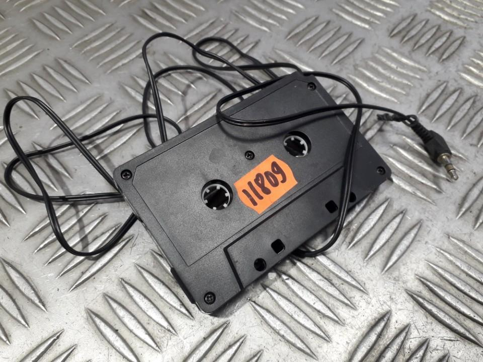 MP3, CD, MD cassette adaptor Subaru Legacy 1998    0.0 used