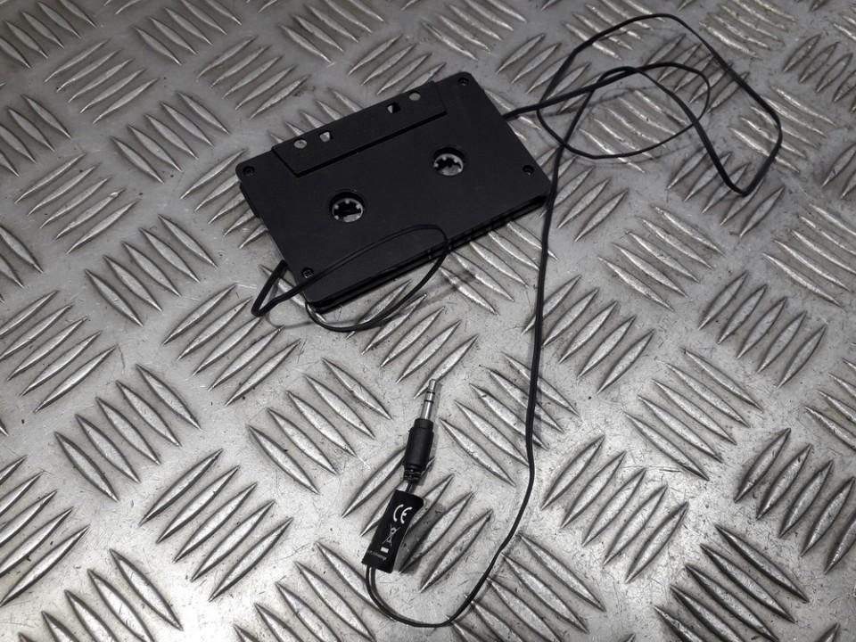 MP3, CD, MD cassette adaptor Volkswagen Polo 1998    0.0 used