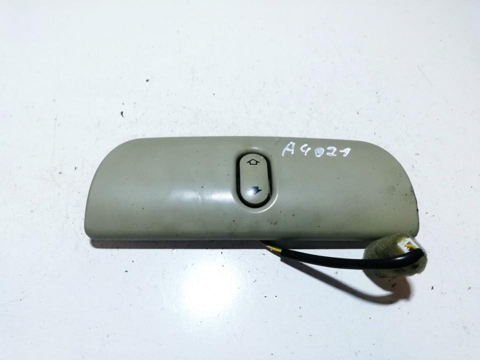 Galinio lango uzuolaidos mygtukas Nissan Primera 2003    2.0 used