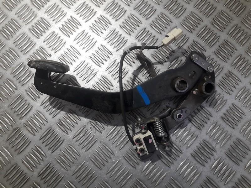 Stabdziu pedalas Toyota RAV-4 2011    2.2 used