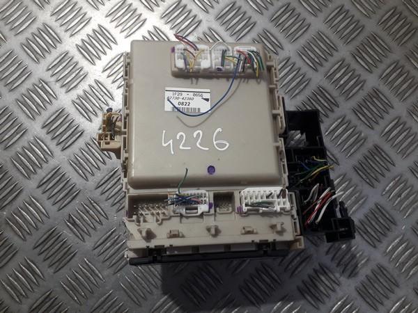 8273042360 1f29-0656 fuse box toyota rav-4 2011 2 2l 27eur eis00566706
