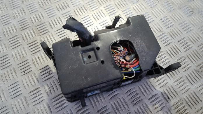07102160145 used fuse box kia rio 2008 1 5l 14eur eis00568519