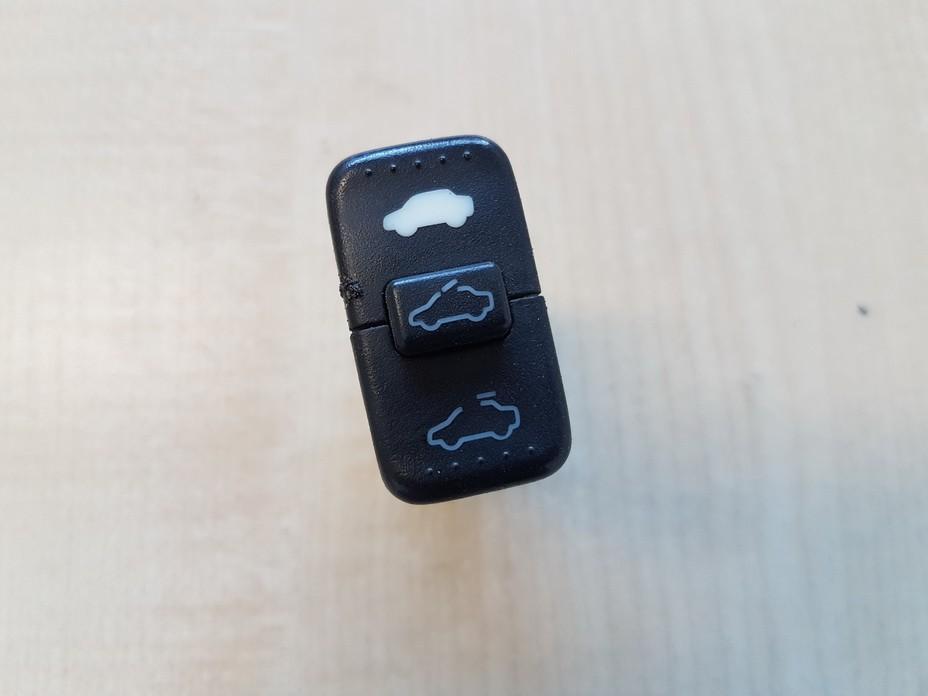 Liuko valdymo mygtukas M19833 USED Honda CR-V 2005 2.2