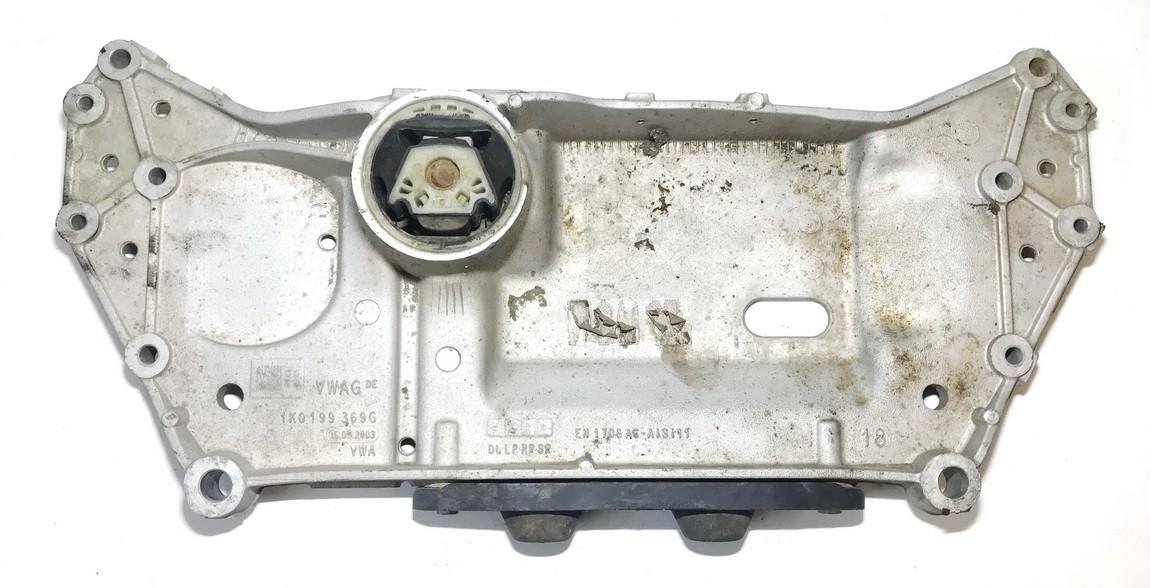 Volkswagen  Golf Traversas P.