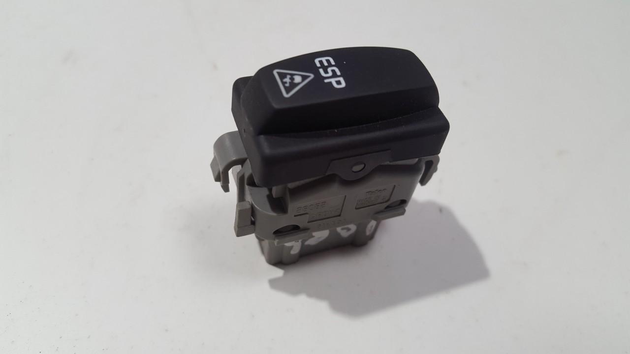 Rover  200-Series ESP mygtukas