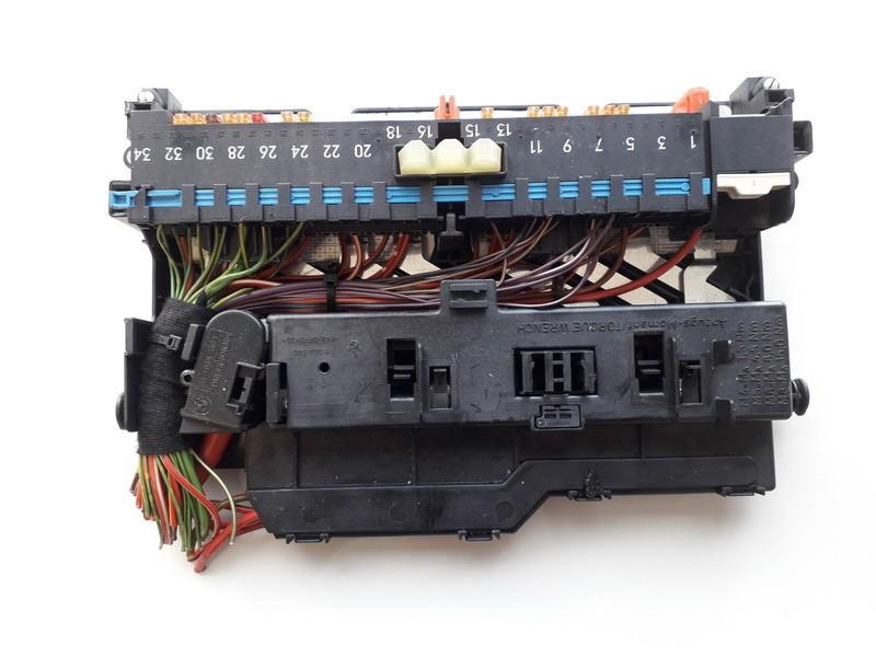 8364542 18500 000 001, mr20040608-90106789 fuse box bmw 3-series 2001  0 0