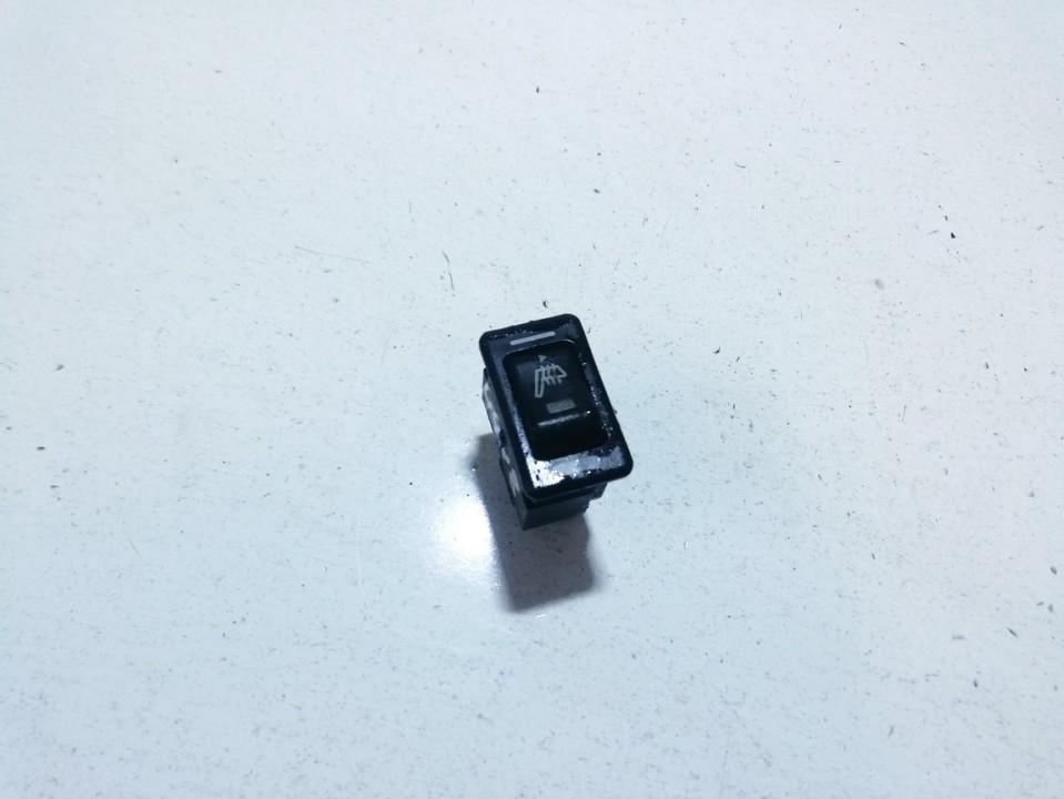 Sedyniu sildymo mygtukas used used Nissan PRIMERA 1997 2.0