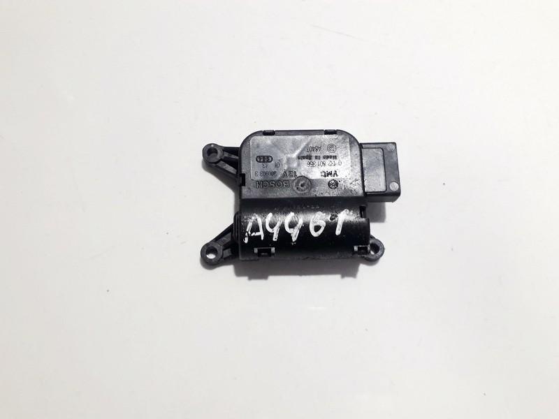 Peciuko sklendes varikliukas 0132801356 0 132 801 356 Opel MERIVA 2005 1.7