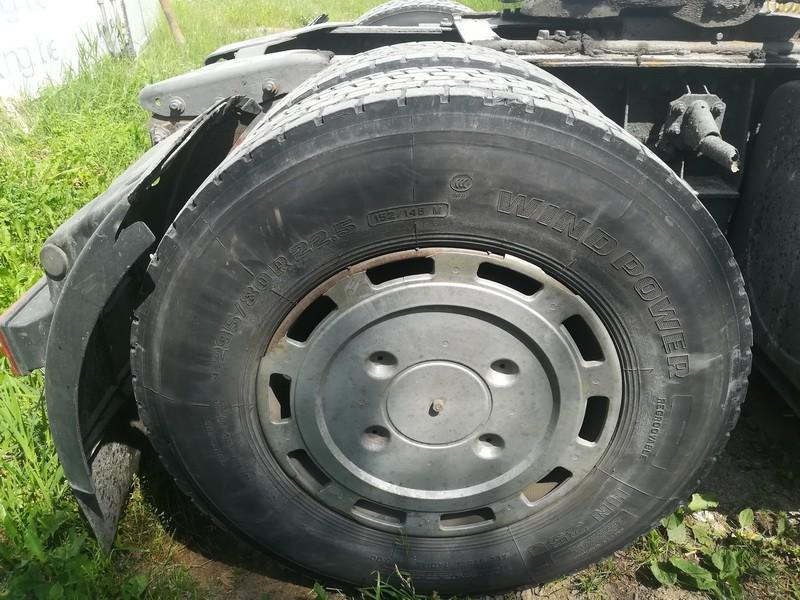 Trailer wheel : R22.5 Truck - Renault Magnum 1995    12.0 used