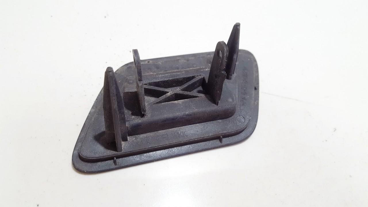 Zibintu apiplovimo dangtelis (xenon zibinto apiplovimo dangtelis) P.D. Audi A6 2001    0.0 4B0955276