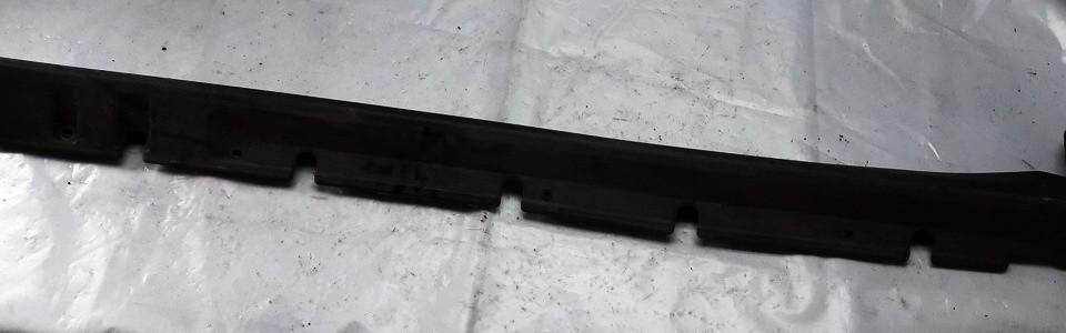 Plastmasinis slenkstis desinys MR910492 used Mitsubishi CARISMA 1995 1.8