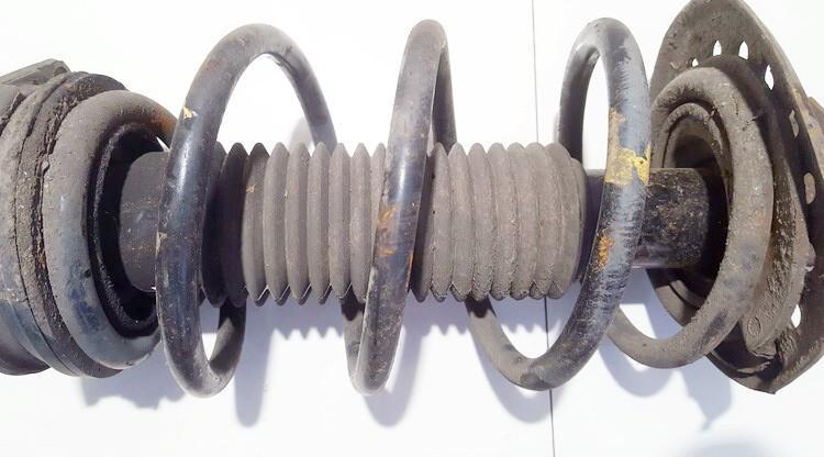 Amortizatoriaus Spyruokle Priekine used used Nissan QASHQAI 2007 1.6