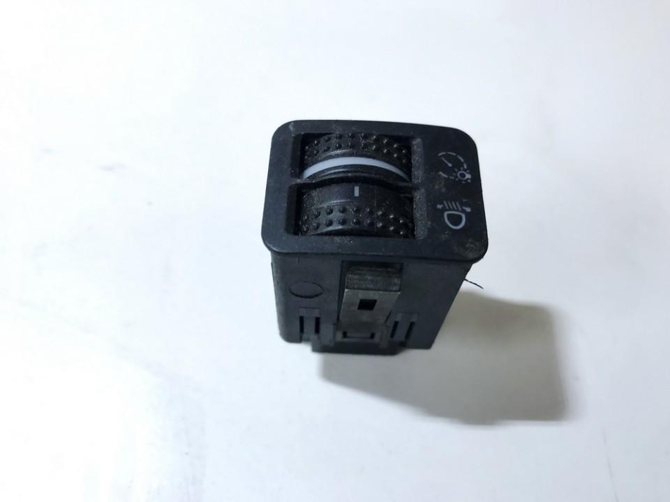 Zibintu aukscio reguliatoriaus mygtukas 1c0941333a used Volkswagen GOLF 1998 1.9