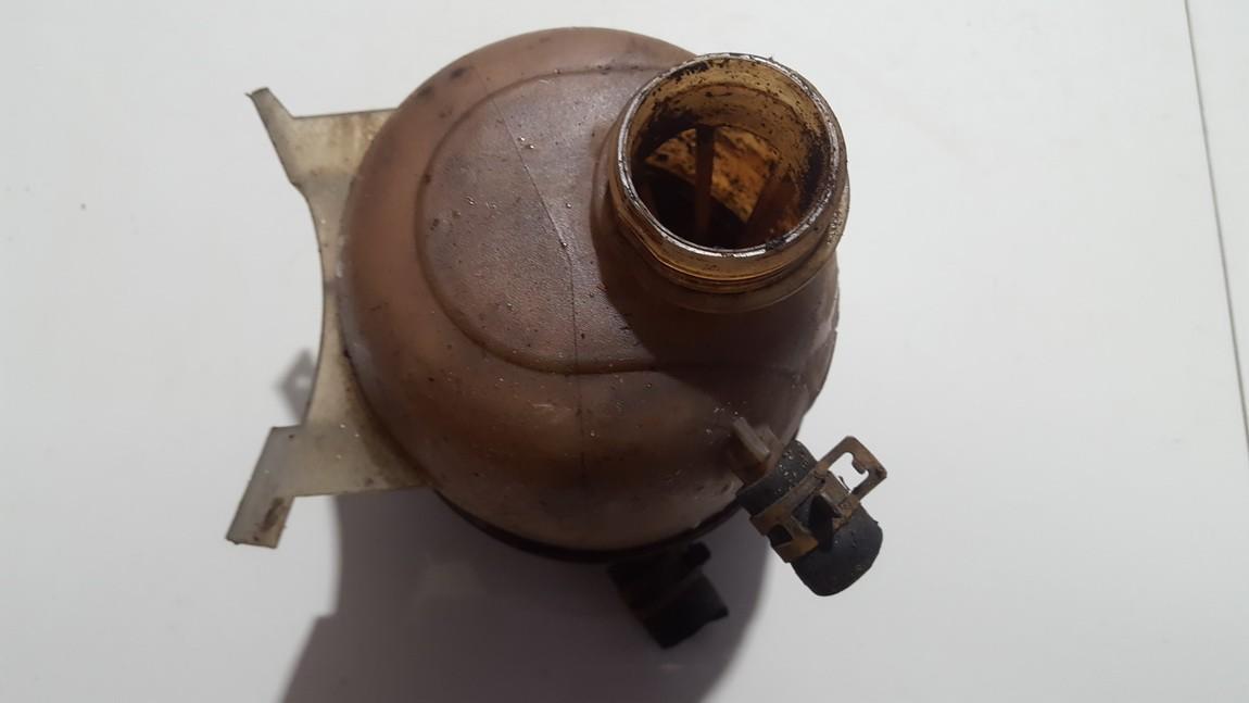 Tosolo bakelis (issipletimo ausinimo skyscio bakelis) 7700839184d used Renault MEGANE SCENIC 1998 2.0