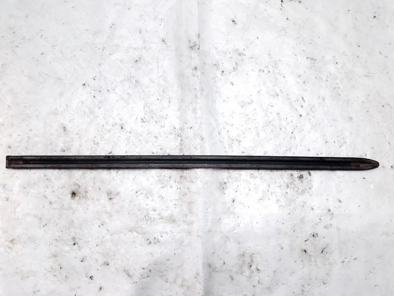used used Duru moldingas isorinis G.K. Mazda 6 2002 1.8L 9EUR EIS00625096
