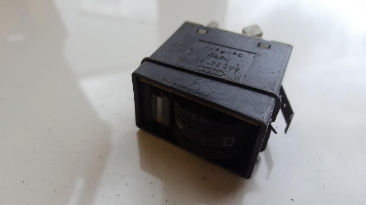 Zibintu aukscio reguliatoriaus mygtukas 8A0941301 USED Audi 80 1990 1.8