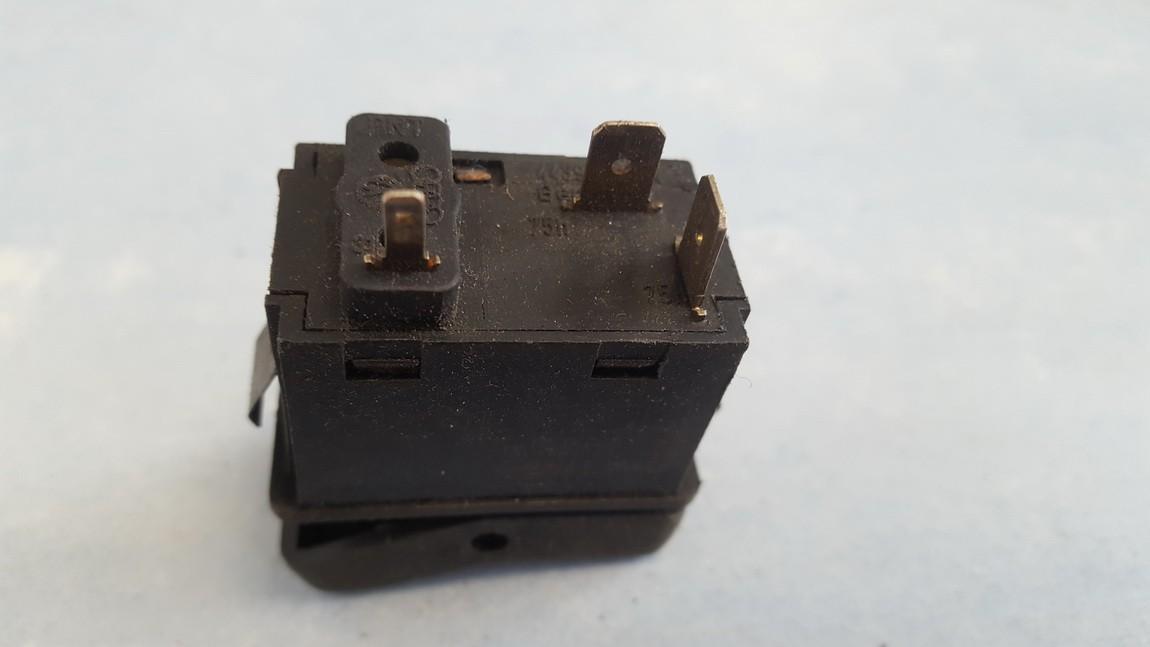 ABS mygtukas Audi 100 1991    0.0 443941528A