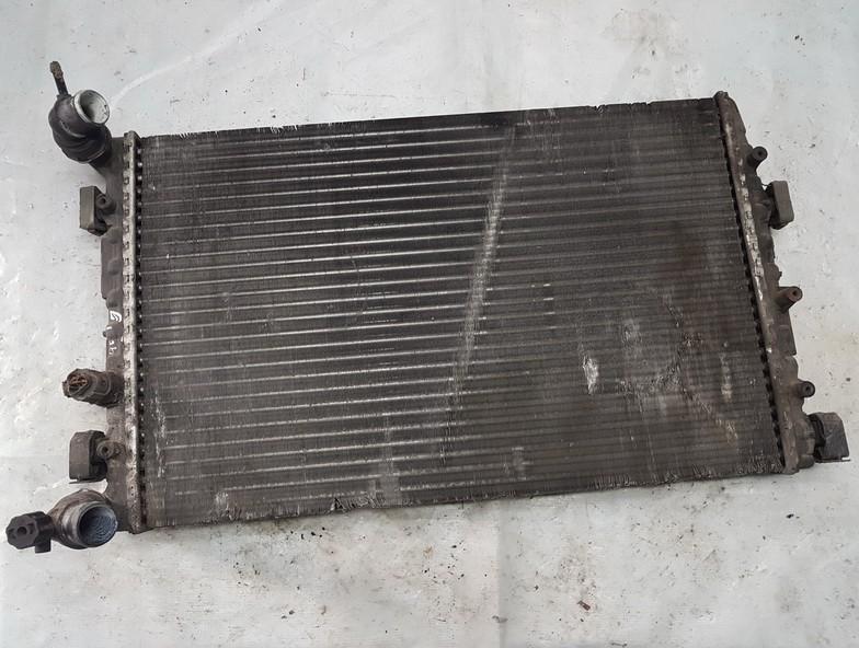 Vandens radiatorius (ausinimo radiatorius) USED USED Volkswagen POLO 2000 1.4