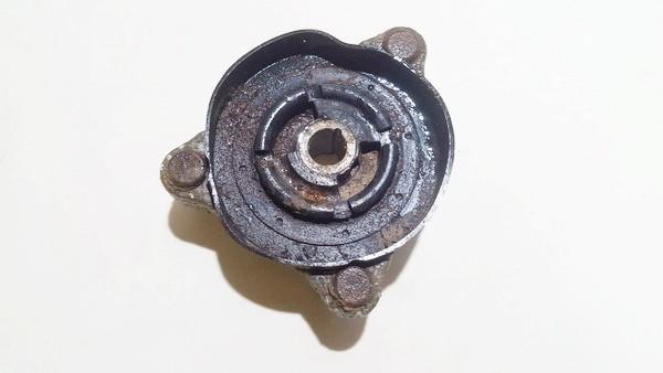 SAAB  900 Amortizatoriaus atrama P.D.