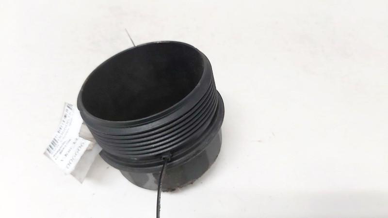 Tepalo filtro dangtelis Volkswagen Passat 2000    1.9 8693756